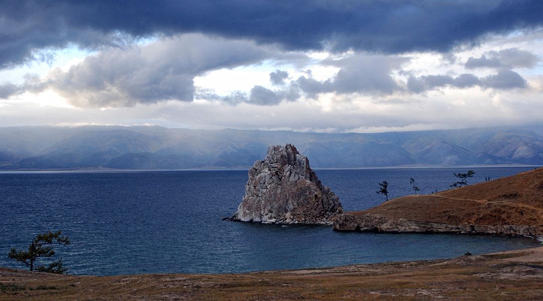 Baikalmeer Olchon eiland Sjamanenrots