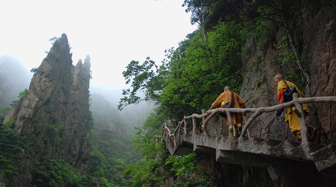 Monniken in Huangshan Gele Bergen in China
