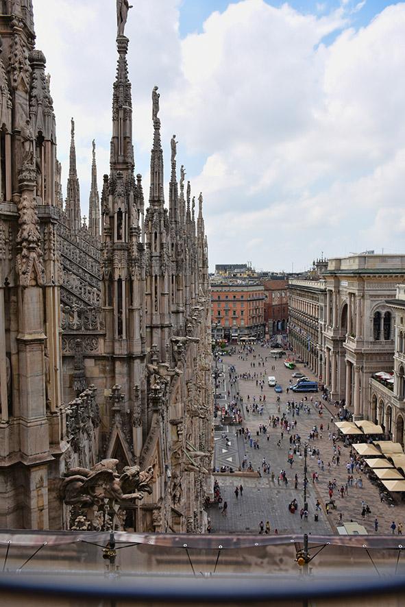 Milaan Duomo zijkant bovenop