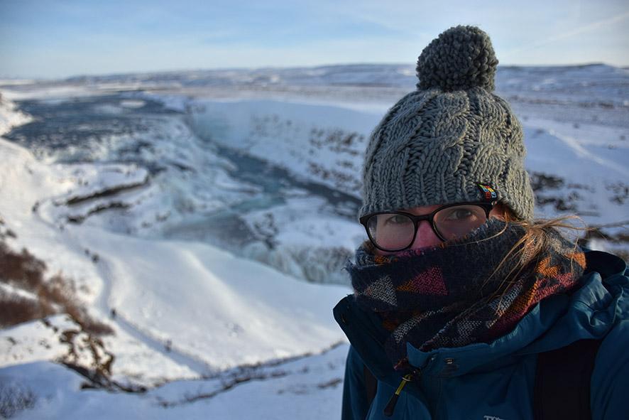 Selfie voor de Gullfoss IJsland in de winter