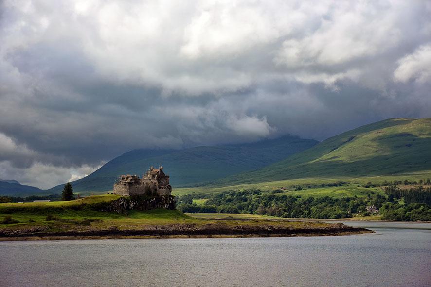 Duart Castle Isle of Mull in Schotland