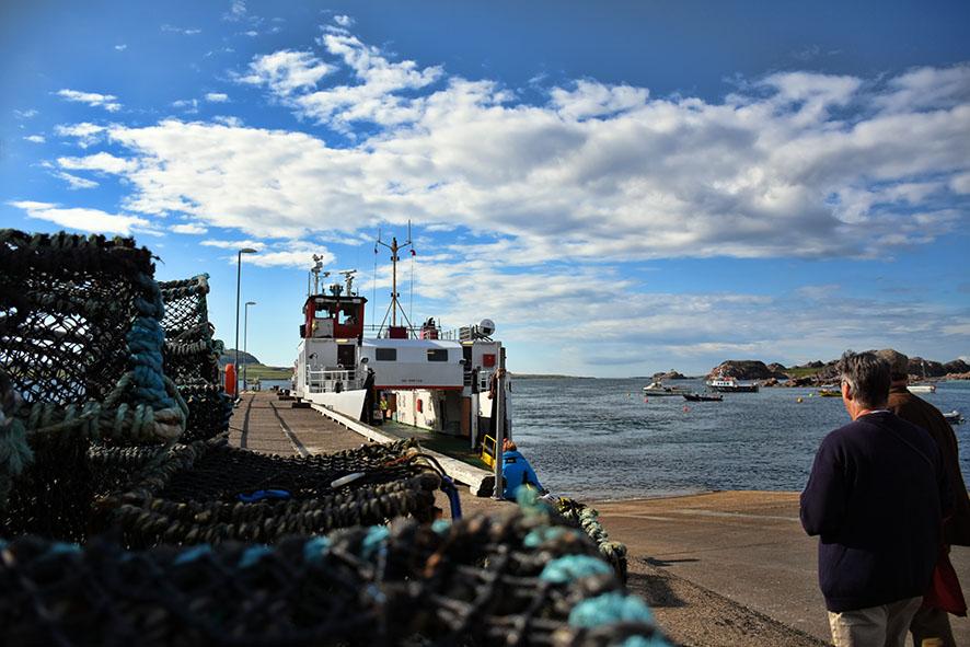 Ferry van Fionnphort Isle of Mull naar Iona
