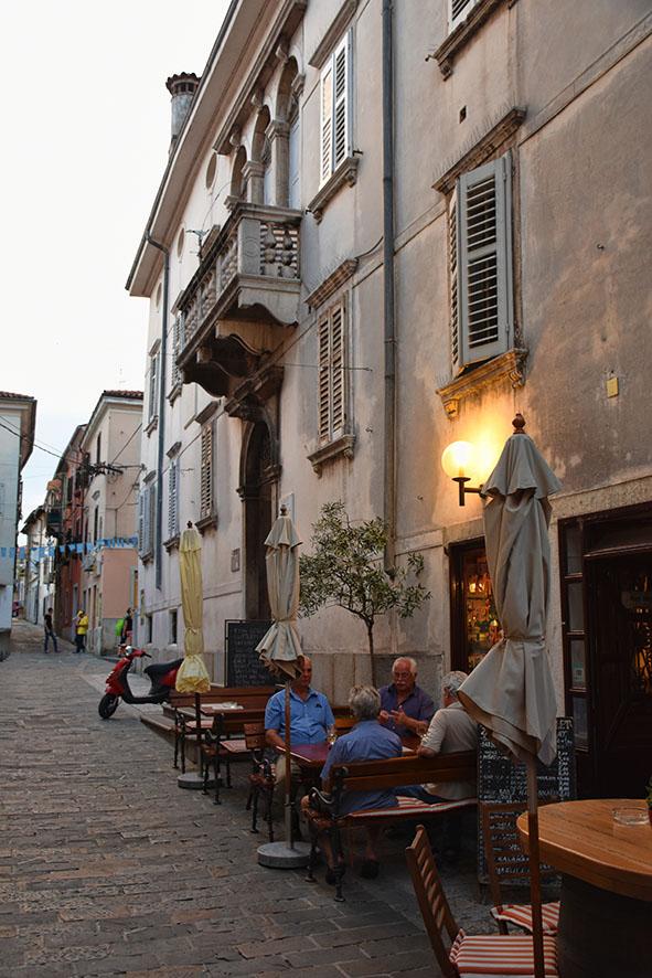 De oude binnenstad van Koper Slovenië