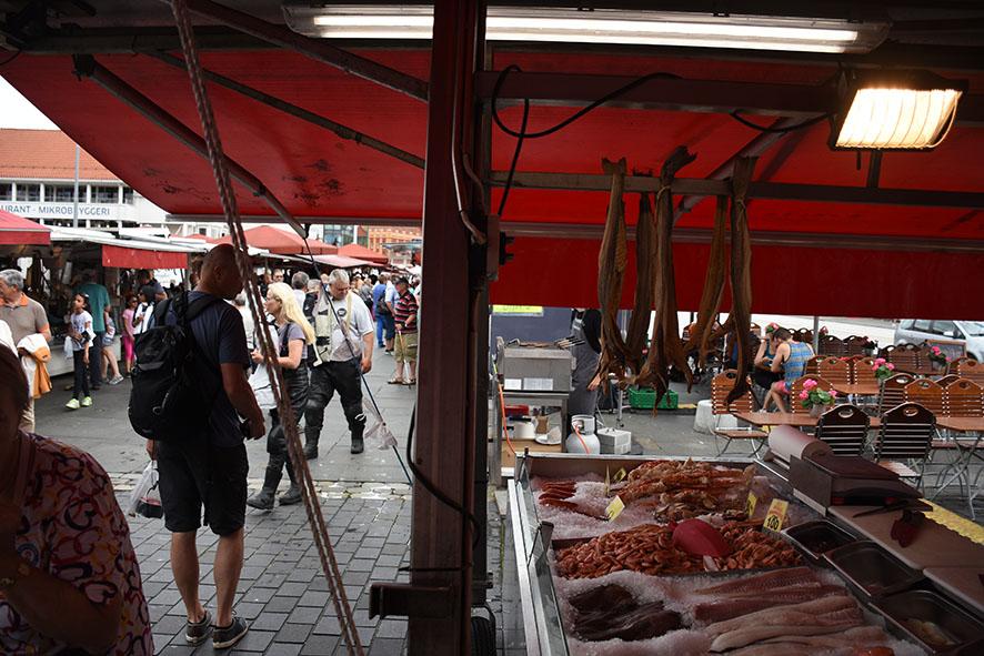 Vismarkt in Bergen Noorwegen