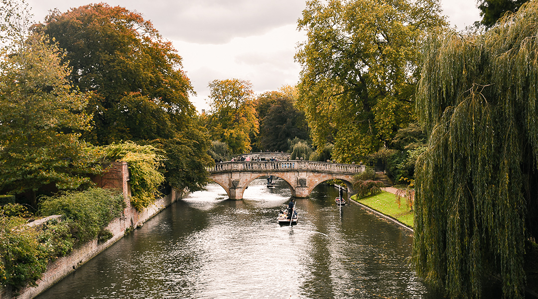Cambridge en punten op de Cam in de herfst